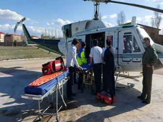 امداد رسانی اورژانس هوایی شاهرود به پسر بچه ۵ ساله